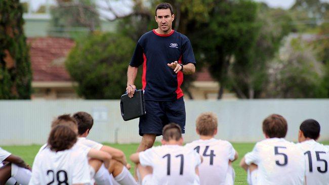 trener piłki nożnej praca